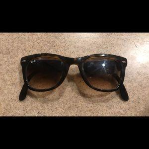 FOLDABLE rayban sunglasses
